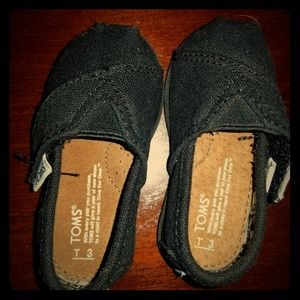 Baby Toms Black Size 3. Never Worn.